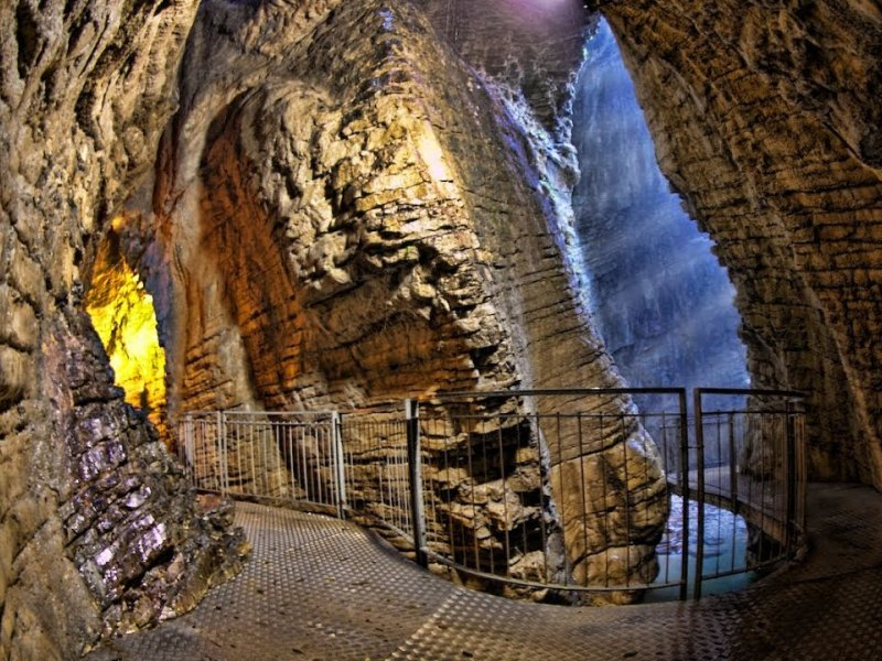 REOPENING PARCO GROTTE CASCATE VARONE